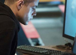 Imagem de: Fãs precisaram decifrar código escondido para ver o trailer de 'Mr. Robot'