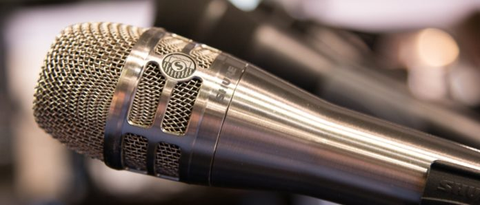 Imagem de: Aprenda sobre áudio e tecnologia com os cursos gratuitos da Shure
