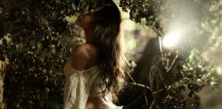 Imagem de: Adivinhe quanto esta brasileira ganha fazendo shows eróticos na internet