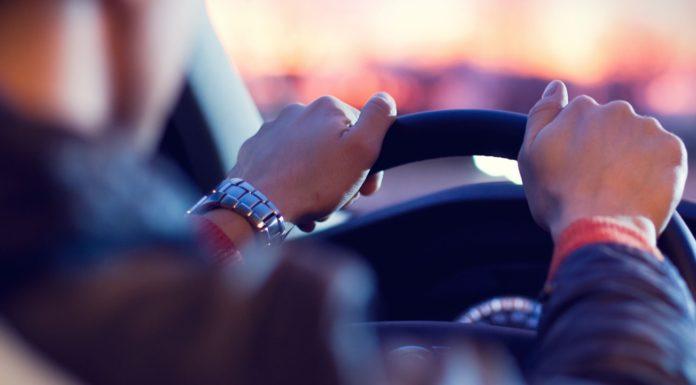 Imagem de: Quase: posts no Facebook poderiam influenciar preço do seguro do seu carro