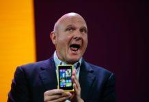 Imagem de: Steve Ballmer acha que a Microsoft precisa focar em smartphones e na nuvem