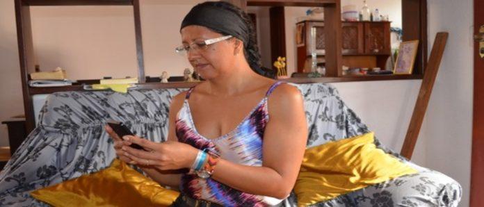 Imagem de: Você aguentaria? Mulher promete ficar sem WhatsApp durante a Quaresma