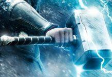 Imagem de: Veja uma réplica do martelo de Thor que só seu criador pode levantar