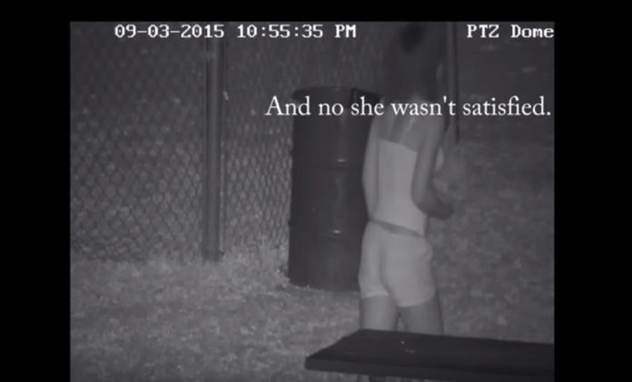 Imagem de: Homem se irrita com casais fazendo sexo em frente à sua casa e filma tudo