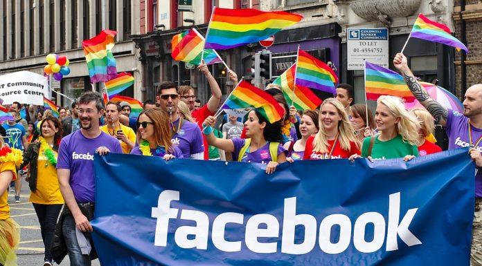 Imagem de: Cresce número de pessoas que usam o Facebook para assumir homossexualidade