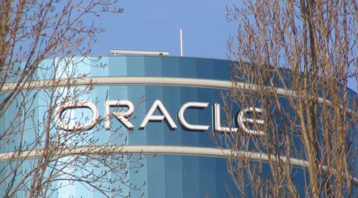 Imagem de: Oracle compra a provedora Dyn, conhecida por ataque DDoS histórico