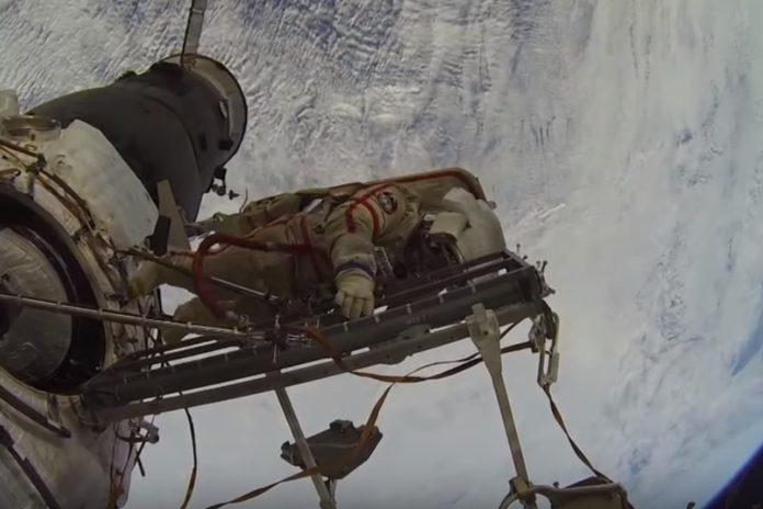 Imagem de: Supostos vídeos ao vivo da NASA que têm aparecido no Facebook são falsos