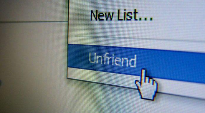 Imagem de: Desfazer amizade no Facebook é considerado ato de bullying na Austrália