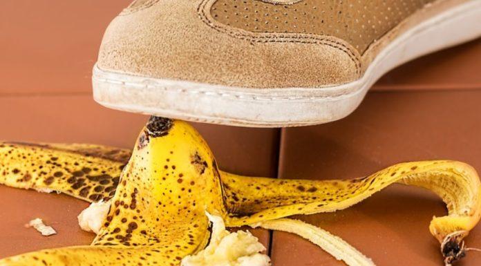 Imagem de: Desafio da Casca de Banana: adolescentes às vezes não têm muito o que fazer