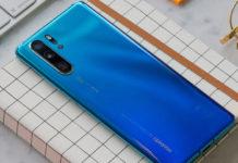 Imagem de: Huawei abre quiosques em SP e dá bônus de R$ 1 mil ou mais no P30
