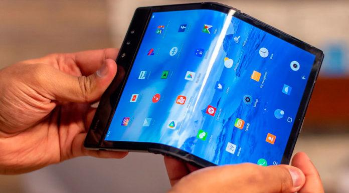 Imagem de: Sony pode estar trabalhando em smartphone dobrável, que deve chegar em 2020