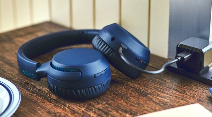 Imagem de: Novos fones da Sony no Brasil chegam com preços a partir de R$ 220
