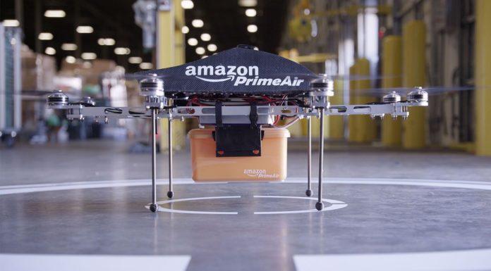 Imagem de: Patente da Amazon revela mais detalhes das entregas com drones no futuro