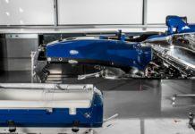 Imagem de: Equipe de F1 ajuda a criar cápsula de transporte de emergência para bebês