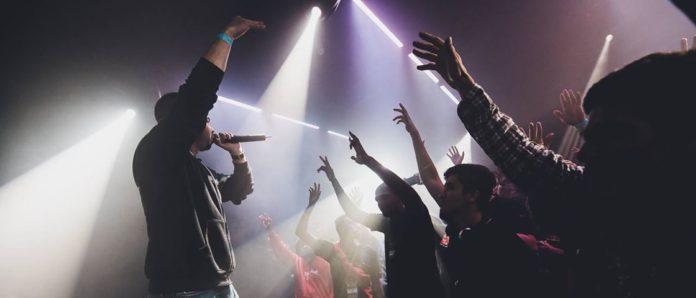 """Imagem de: Dual Core, YTCracker e o fenômeno do nerdcore — o """"hip hop para nerds"""""""