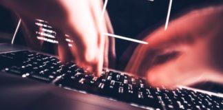 Imagem de: Após contar vantagem, hacker de celebridades é condenado a 5 anos de prisão
